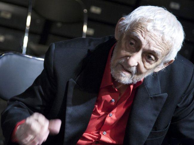 Herec Dušan Lenci, ktorý spojil život s DAB v Nitre, sa narodil pred 80 rokmi