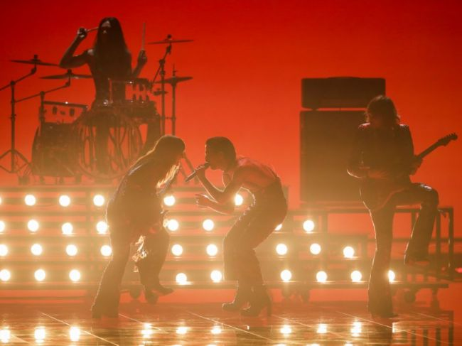 Víťazom pesničkovej súťaže Eurovízia sa stala talianska skupina Maneskin