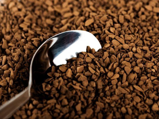 V žiadnej chladničke by nemala chýbať trocha kávy. Viete, prečo patrí aj do tej vašej?