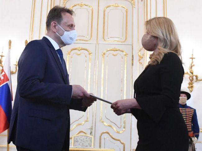 Hlas-SD: Minister Vlčan je pre poľnohospodárov a potravinárov tragédiou
