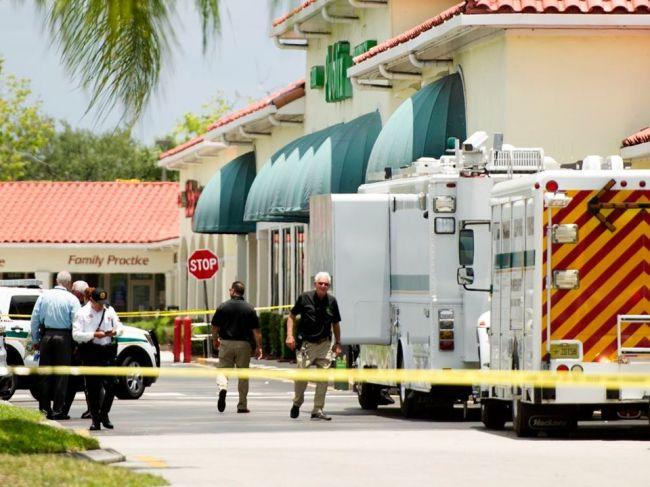 Pri streľbe v predajni s potravinami zahynuli traja ľudia vrátane dieťaťa