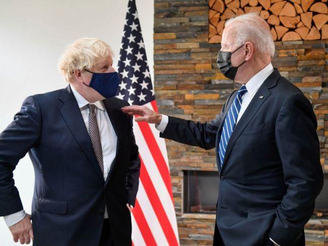 Johnson: Práca s Bidenom je