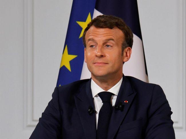 Macron oznámil reorganizáciu vojenských operácií v oblasti Sahelu