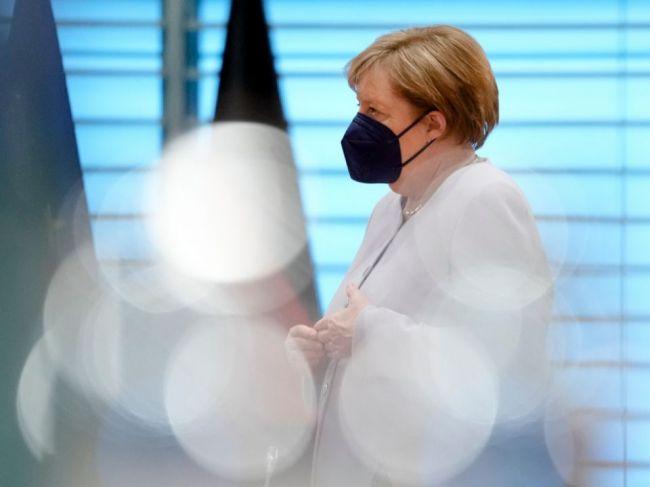 Biden sa 15. júla vo Washingtone stretne s Merkelovou