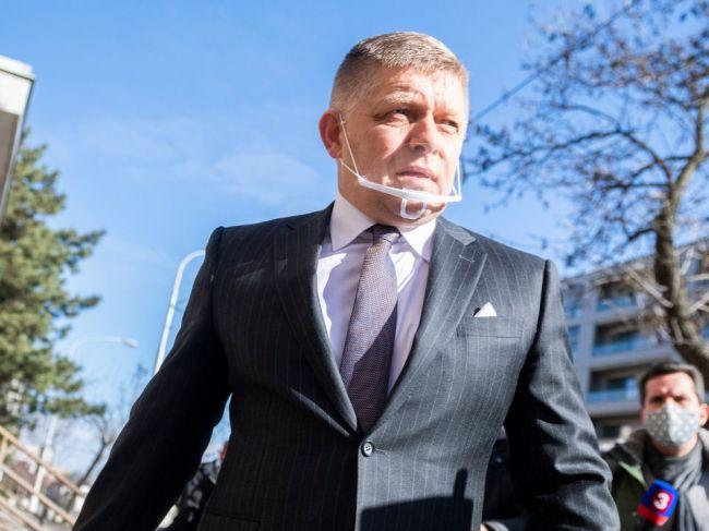 Fico predložil ďalšie dokumenty, ktoré majú spochybniť ministra Mikulca