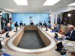 """Čína upozornila G7, že """"malé"""" skupiny neriadia svet"""