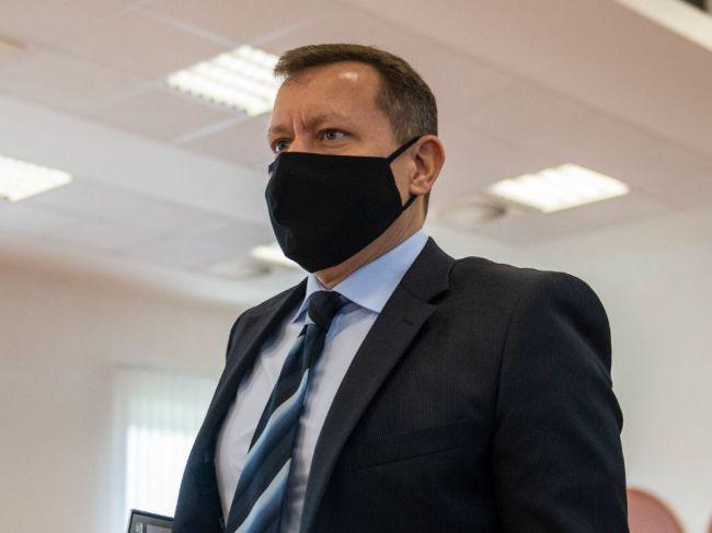 Daniel Lipšic: Rozhodnutie stíhať Adriána Szabóa väzobne je zákonné