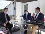 Premiér Eduard Heger sa stretol s Romanom Mikulcom a Milanom Krajniakom