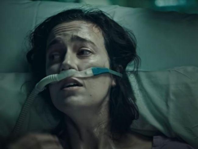 """Video: Austrálska kampaň na očkovanie zožala kritiku, reklama je podľa mnohých """"cez čiaru"""""""