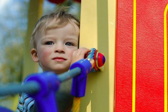 Je vaše dieťa introvert? Všímajte si tieto prvotné znaky