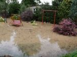 Hasiči zasahujú na viacerých miestach, búrka spôsobila rozsiahle škody