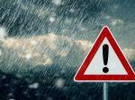 SHMÚ varuje pred intenzívnymi búrkami