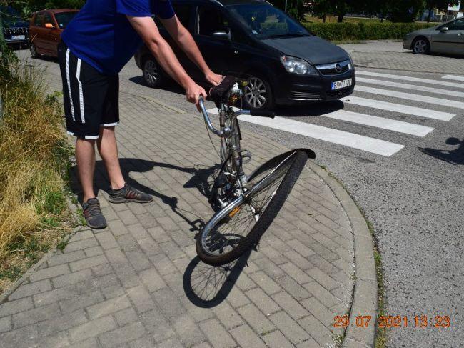 Polícia riešila v Piešťanoch dve dopravné nehody dôchodcov na bicykli