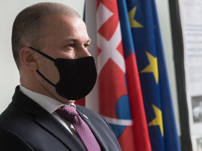 Polícia svoju úlohu pri protestoch zvládla, tvrdí policajný šéf Peter Kovařík