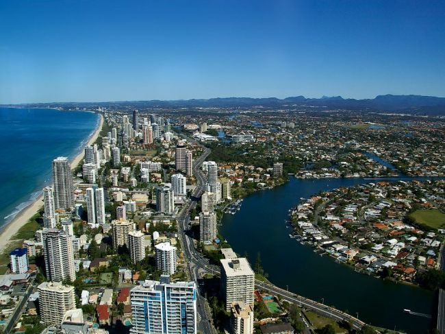 Queensland už zaviedol lockdown, trasujú kontakty