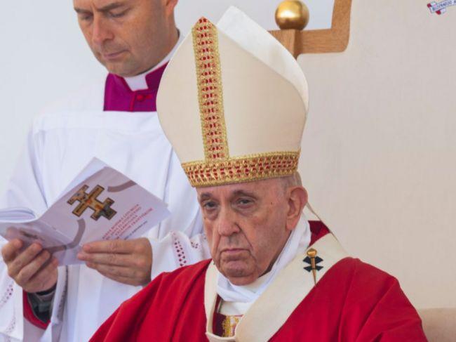 Pápež počas návštevy Prešova urobil nečakaný krok, ktorý nebol v programe