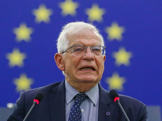Borrell: EÚ nemá inú možnosť, ako komunikovať s Talibanom