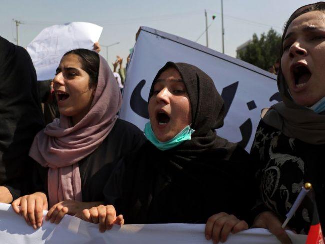 Taliban v Afganistane povolí 400 športov, účasť žien však nepotvrdil