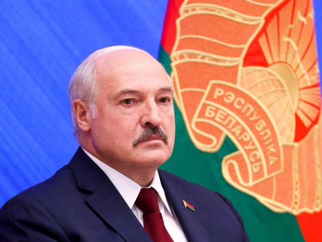 Muža, ktorý verejne urazil Lukašenka, odsúdili na 1,5 roka