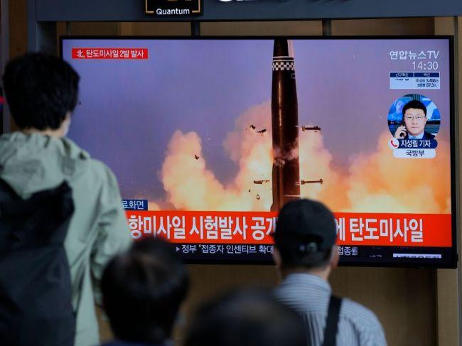 Severná Kórea odpálila dve balistické strely