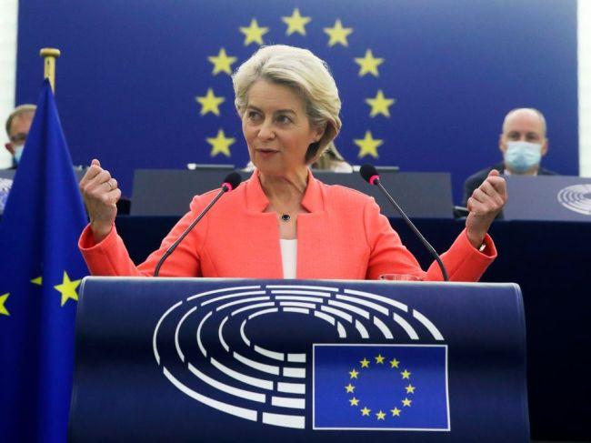 Von der Leyenová chce spoločnú migračnú politiku, ochranu médií a ľudských práv