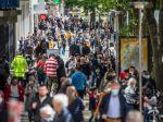 COVID-19: Britskí experti odhadli, čo nás čaká budúci rok