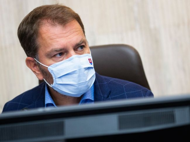 SNS vyzýva ministra financií na zrušenie očkovacej lotérie