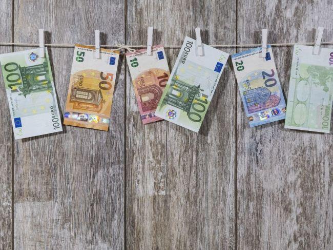 Na požiadanie o mladomanželský úver na bývanie od ŠFRB ostáva päť dní