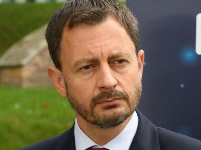 Premiér verí, že do konca roka sa podarí vyhnúť núdzovému stavu