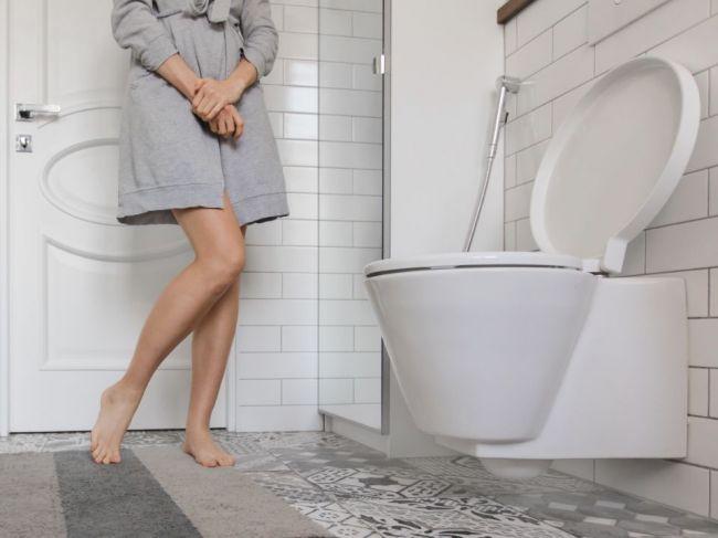 """""""Zákon močenia"""": Prečo by ste sa pri návšteve toalety mali držať pravidla 21 sekúnd?"""