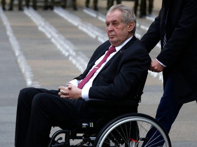Nové správy o Zemanovi: Podľa hovorkyne nemocnice je v kritickom stave