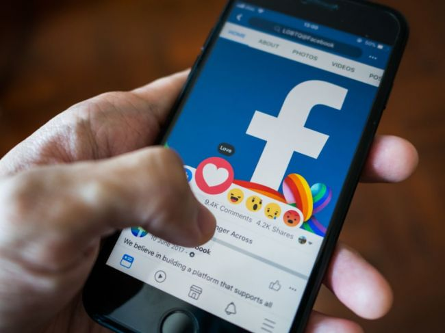6 desivých zistení o Facebooku z úst whistleblowerky