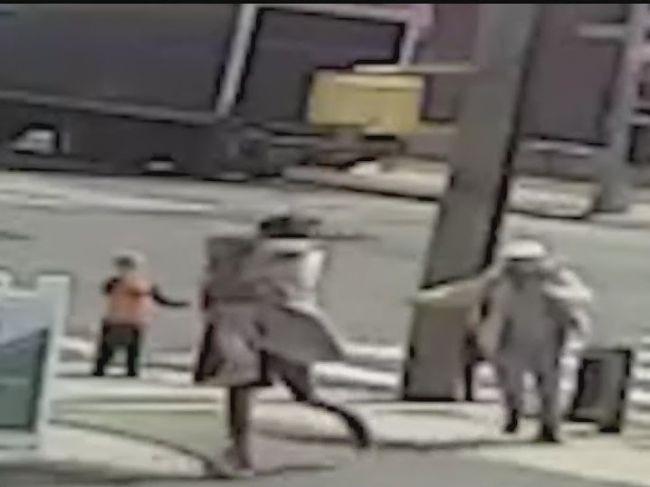 Video: Bezdomovec chcel uniesť trojročné dieťa