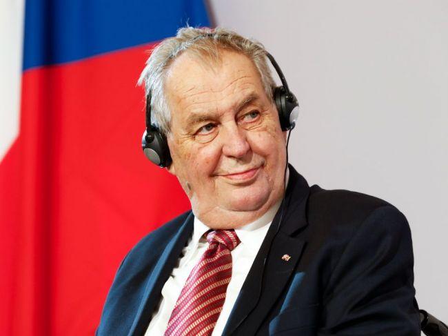 Zeman zvolá ustanovujúcu schôdzu novej Snemovne na 8. novembra