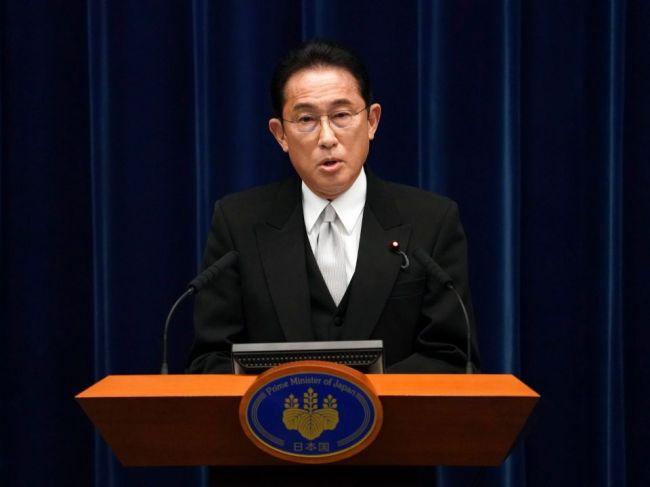 Japonský premiér rozpustil parlament, koncom októbra sa budú konať voľby