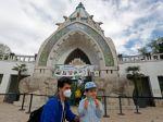 Starosta Budapešti žiada vládu o obnovenie povinnosti nosiť rúška