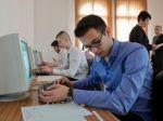 Školy sa v testovaní digitálnych zručností tento rok zhoršili